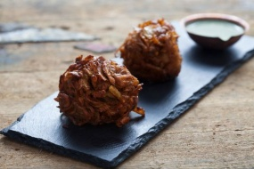 Cocktail Onion Bhaji - 36 x 20g